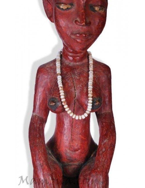 Figura femenina baule