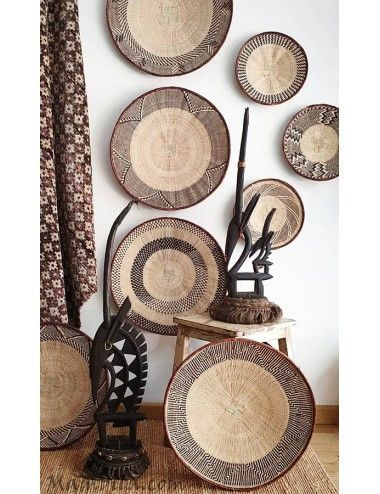 plato africano pared