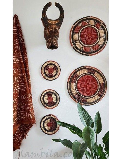 Plato artesanal africano